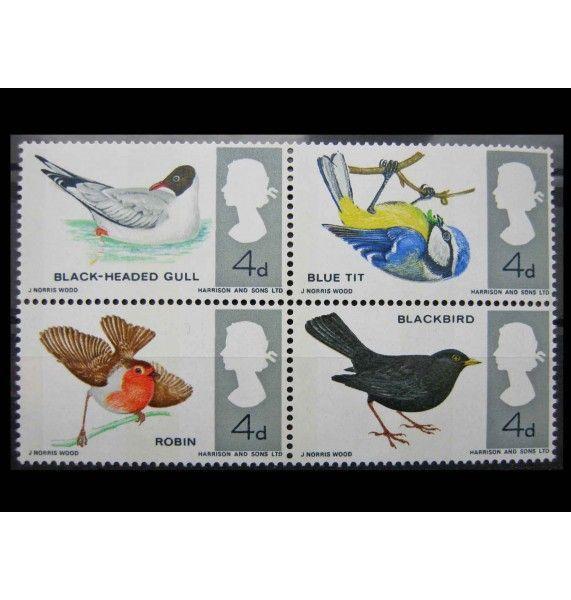"""Великобритания 1966 г. """"Местные птицы"""""""