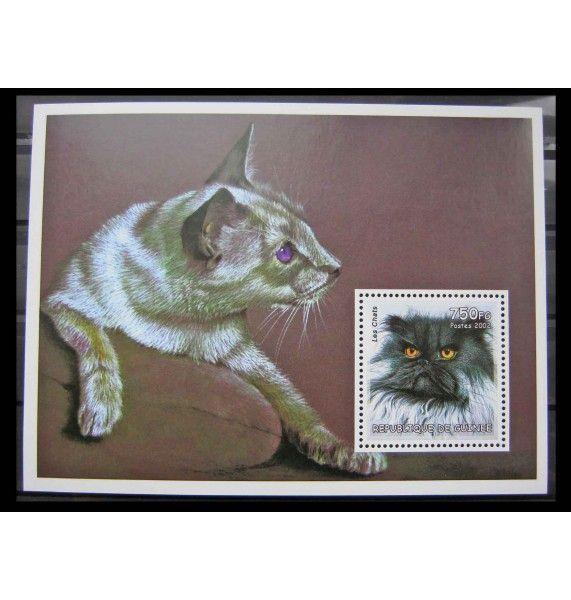 """Гвинея 2002 г. """"Кошки"""""""