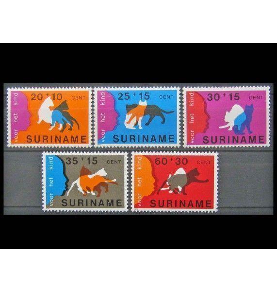 """Суринам 1978 г. """"Благополучие детей: котята"""""""