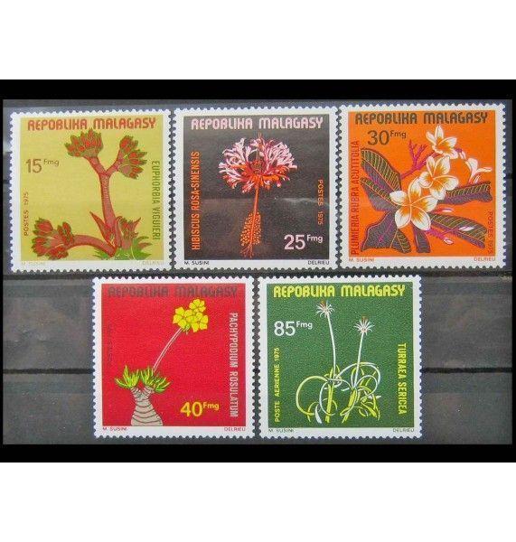 """Мадагаскар 1975 г. """"Цветы Мадагаскара"""""""