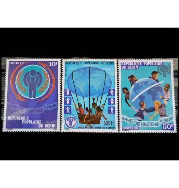 "Бенин 1979 г. ""Международный год ребенка"""