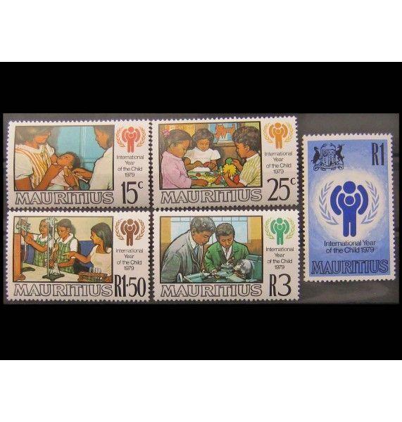 """Маврикий 1979 г. """"Международный год ребенка"""""""