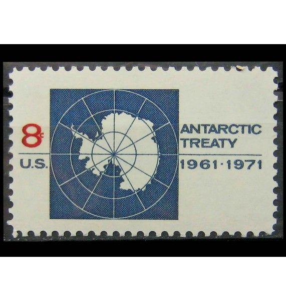 """США 1971 г. """"10 лет Договору об Антарктике: карта Антарктиктиды"""""""
