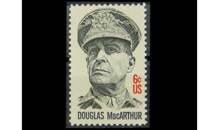 "США 1971 г. ""Генерал Дуглас Макартур"""