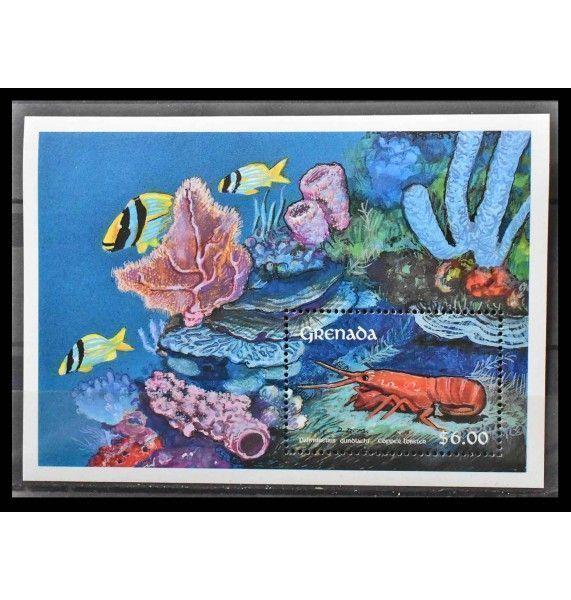 """Гренада 1990 г. """"Морская фауна: Крабы"""""""