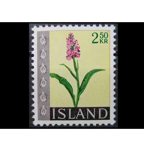 """Исландия 1968 г. """"Стандартные марки: Цветы"""""""