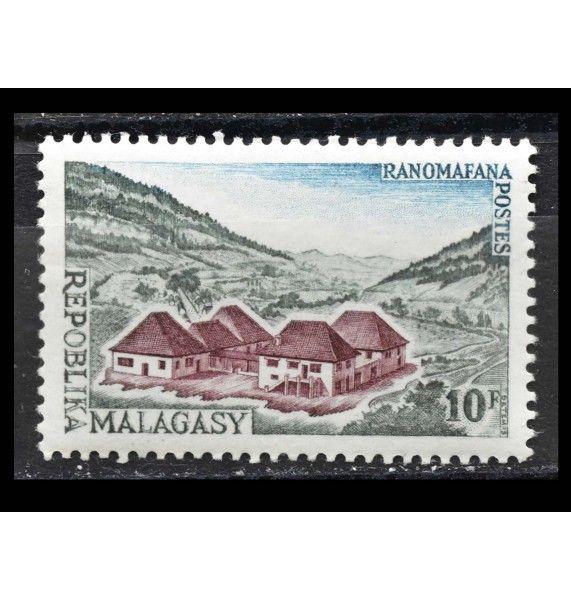 """Мадагаскар 1962 г. """"Стандартные марки: Достопримечательности"""""""