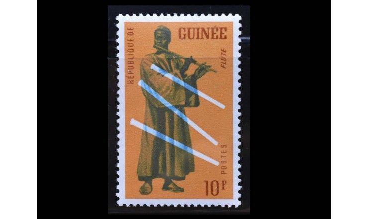 """Гвинея 1962 г. """"Музыкальные инструменты"""""""