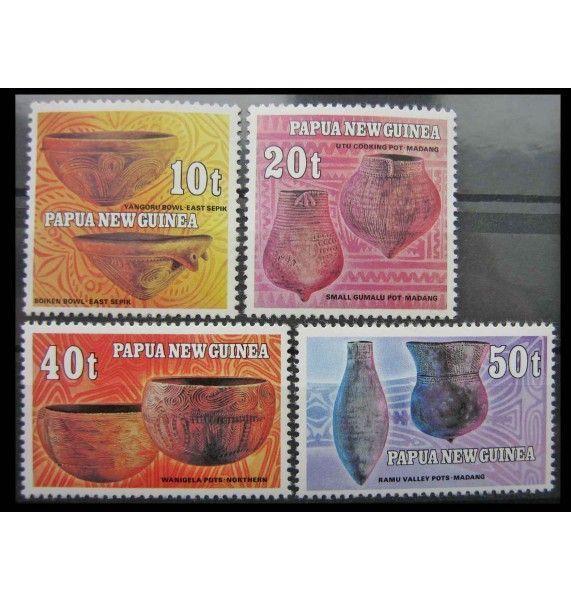 """Папуа-Новая Гвинея 1982 г. """"Керамика"""""""