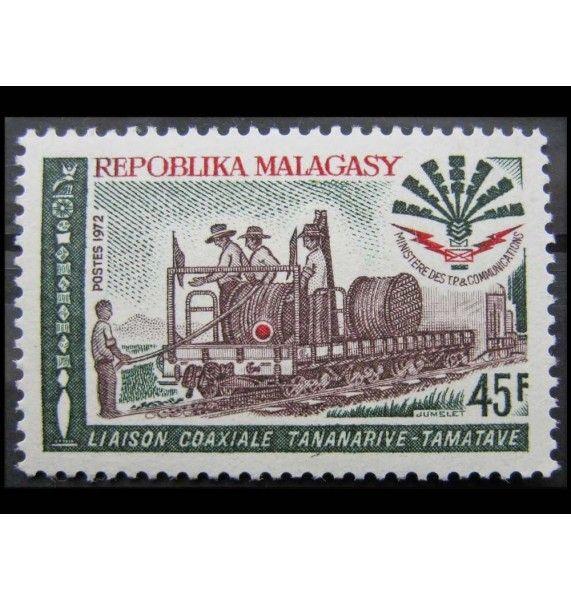 "Мадагаскар 1972 г. ""Укладка коаксиального кабеля"""